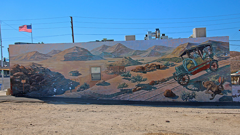 Be sure to see all the wonderful murals along Route 66