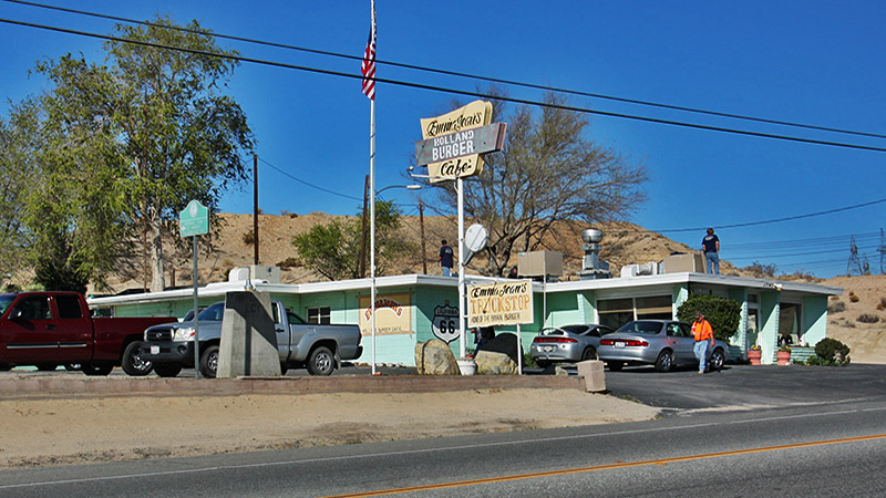 The famous Holland Burger sits on Route 66